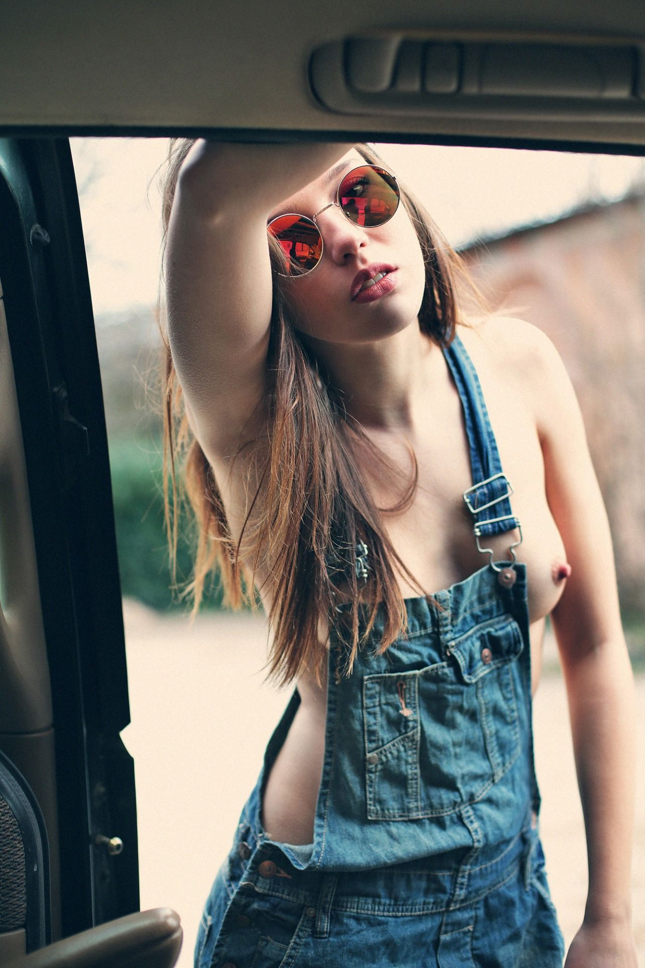 girl in dungarees naked