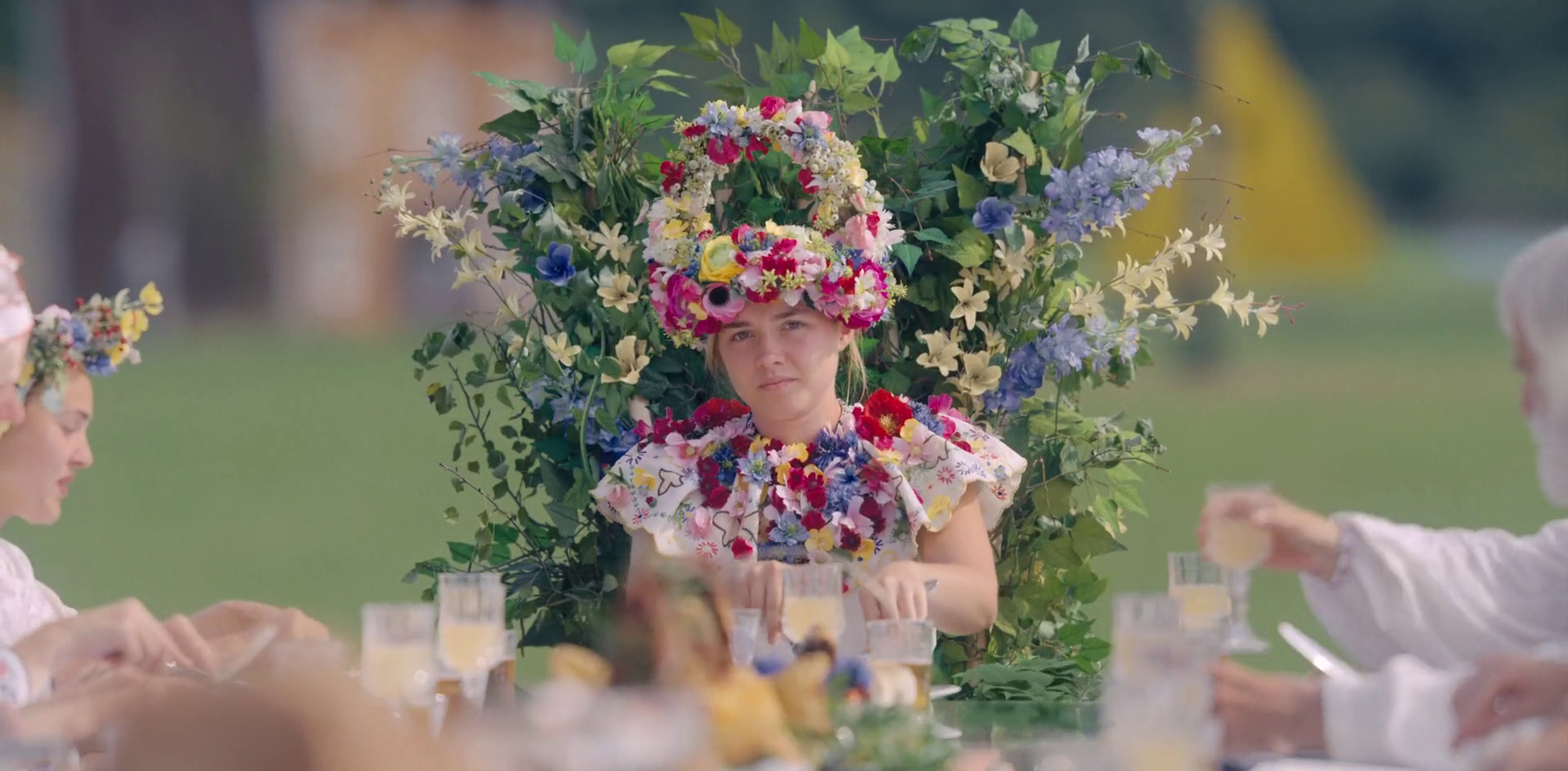 midsommar | Floral wreath, Aesthetic pictures, Floral