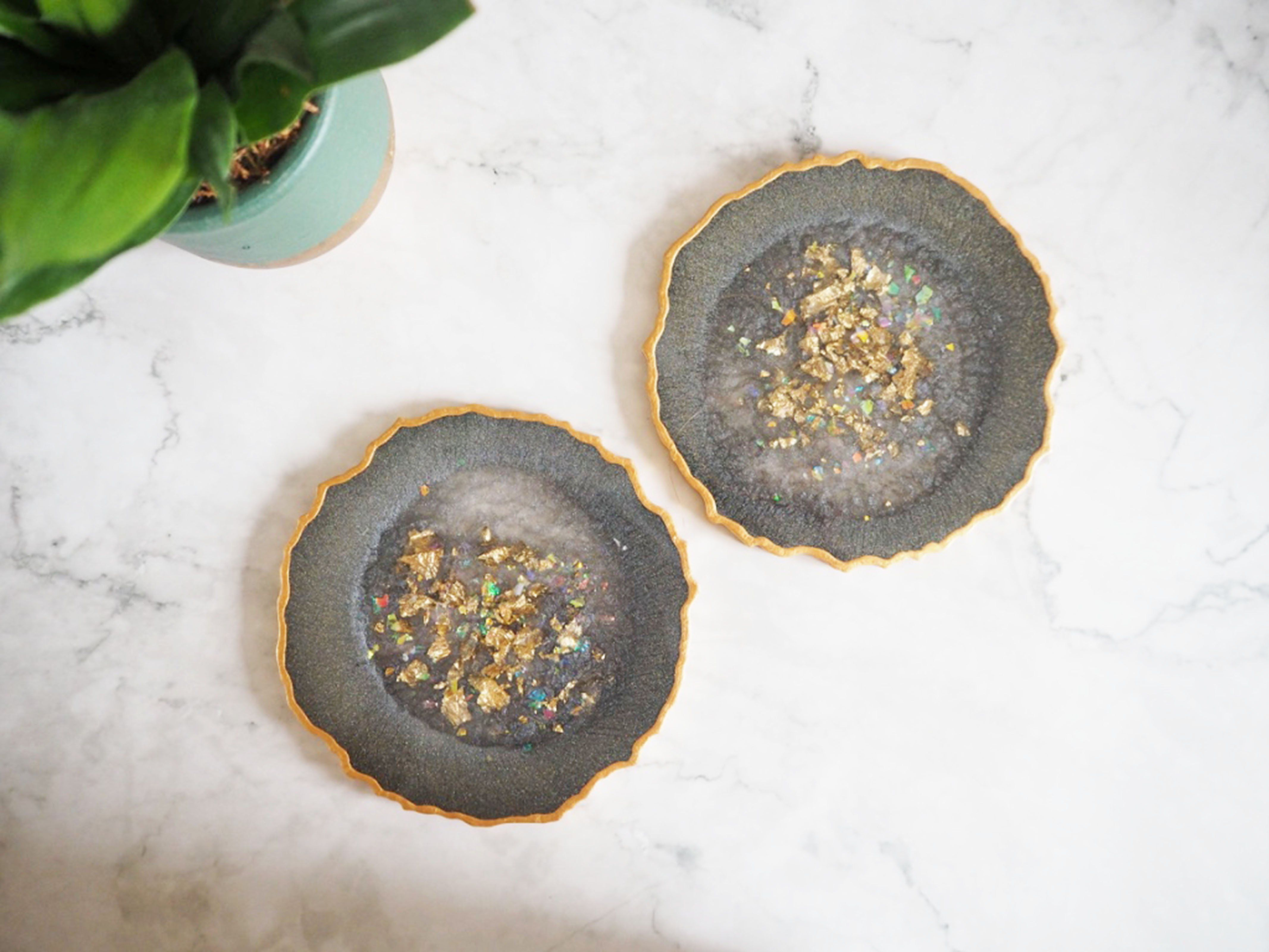 Sparkly Grey Geode Coasters - Set of 4