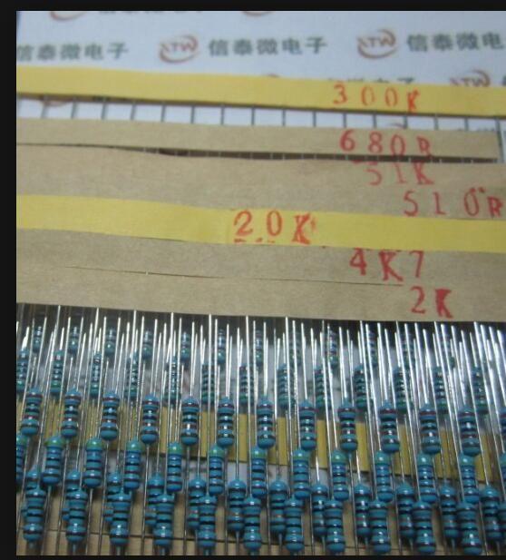 Set 600 pz 30 Tipi 1/4 W Resistenza 1% Metallo Film Resistor Assortimento Ogni 20 Spedizione Gratuita