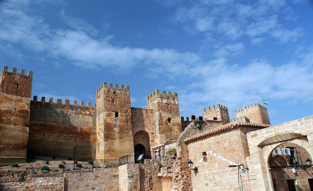 Castillo De Bury Al Hammam En Banos De La Encina Jaen Castles
