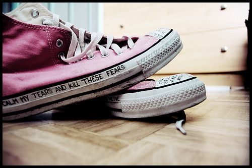 Write a message on the side of converse.um, yes