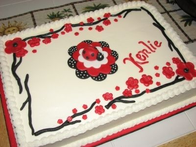 Kenlies Lady Bug By mimi4bye on CakeCentral.com