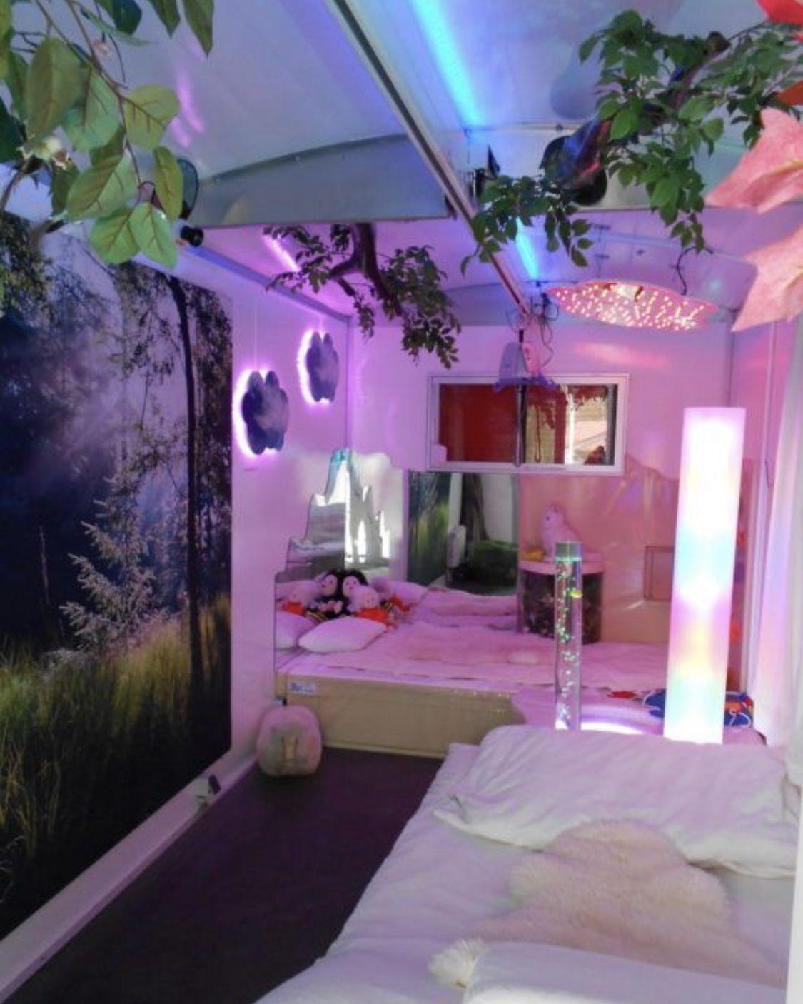 Ophia In 2020 Neon Room Neon Bedroom Aesthetic Bedroom