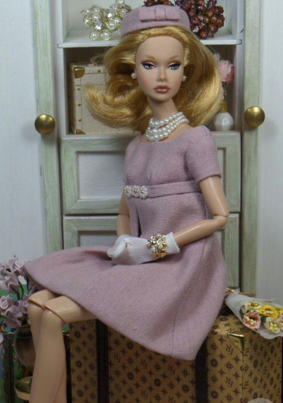 Pin de Lori Compton en Barbie & Dolls | Pinterest | Muñecas, Varios ...