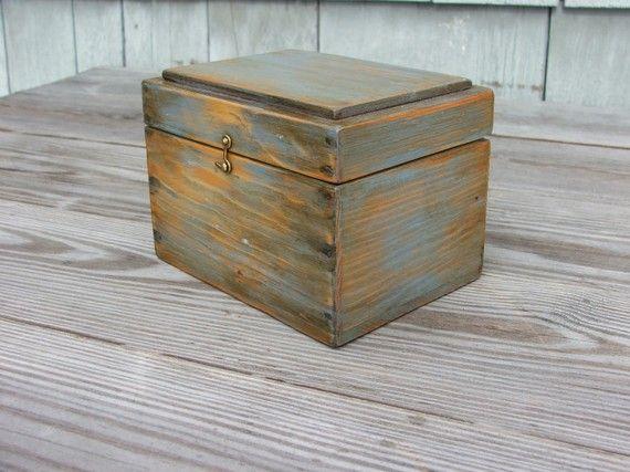 recipe box from mrhudon $45 #etsy #recipebox