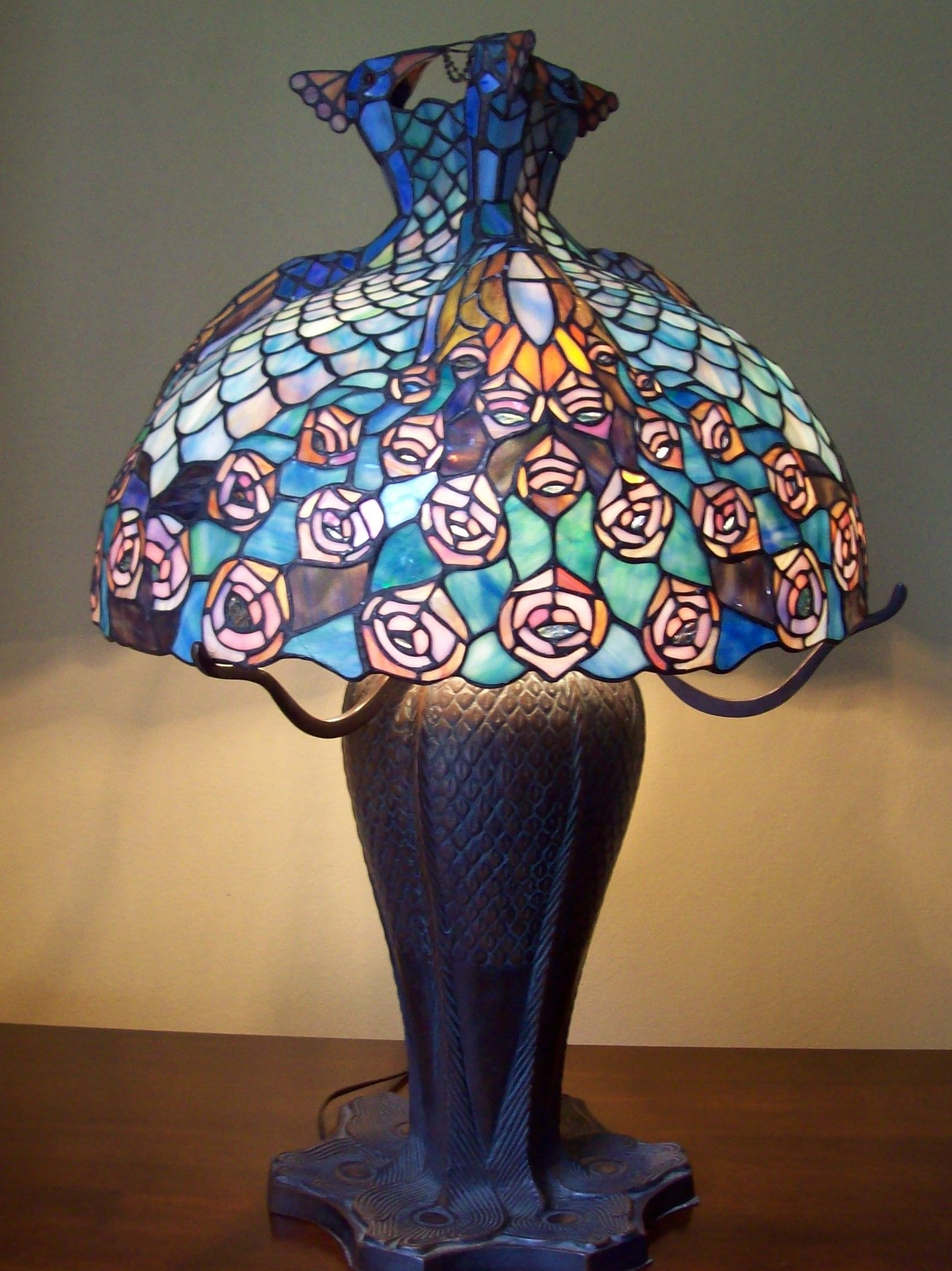 Large Stunning Tiffany Style Triple Peacock Table Lamp Antique