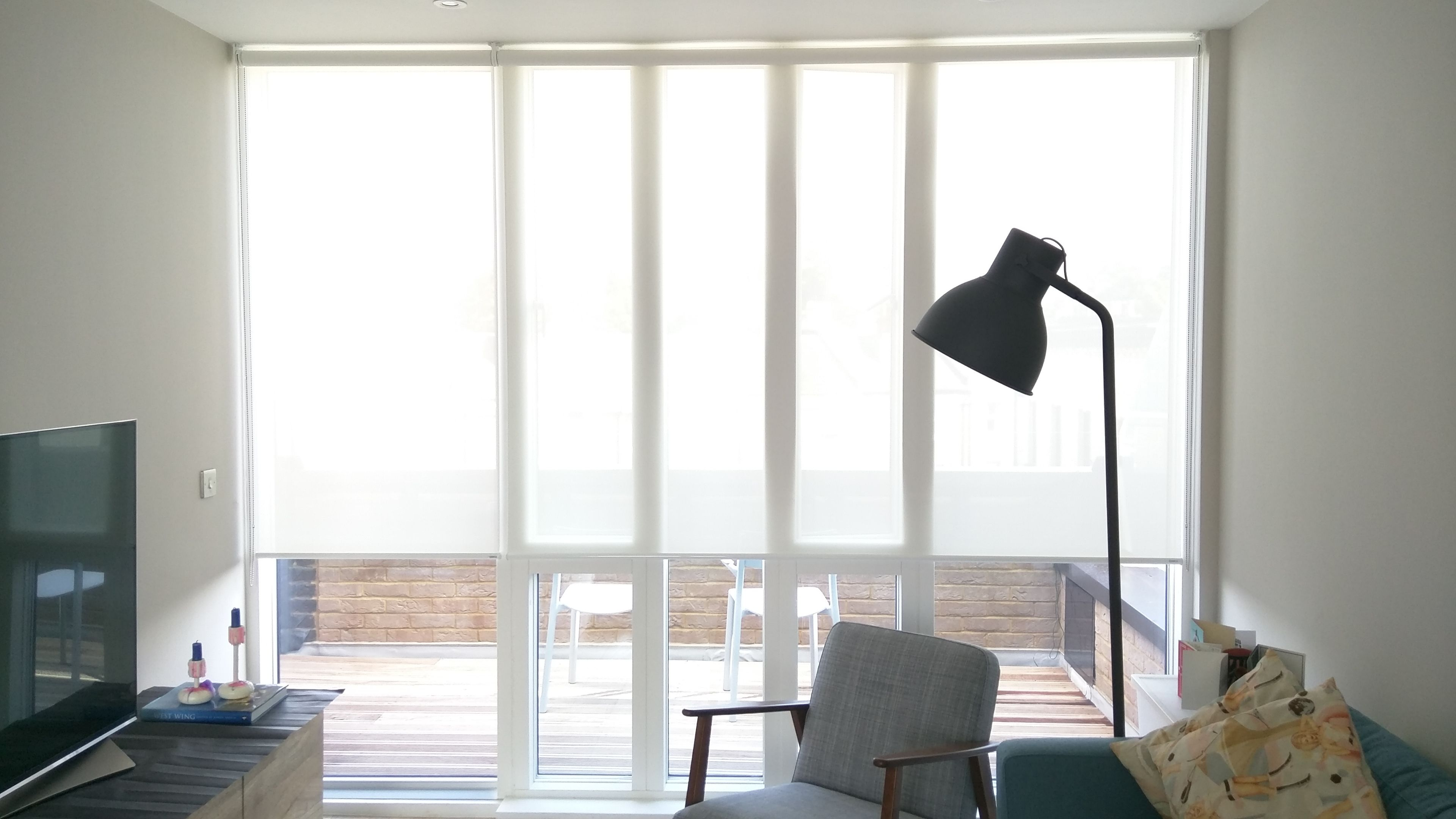 Sunscreen Roller Blinds In Modern Living Room Floor To Ceiling