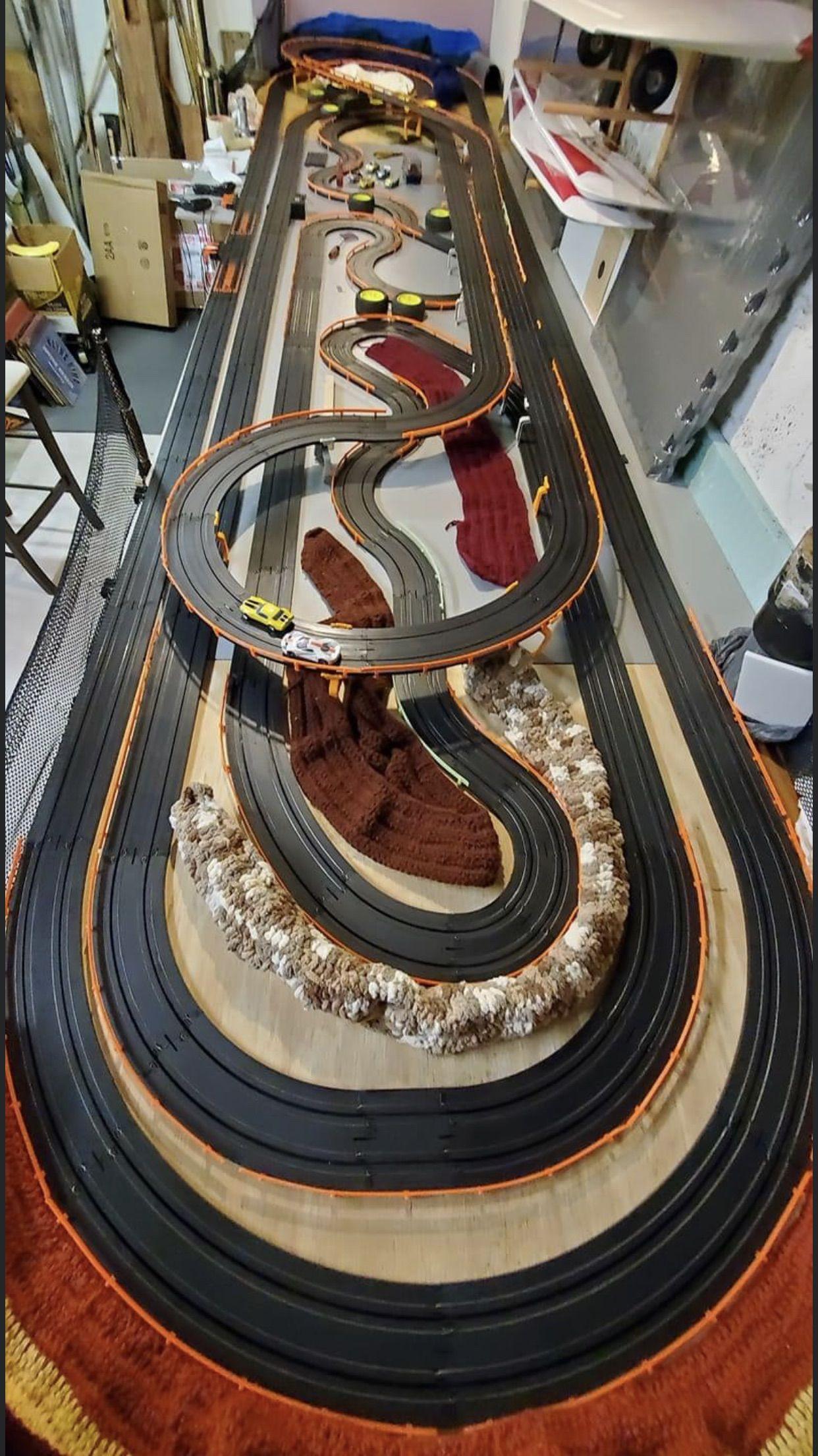 1 64 Ho Slot Car Tracks In 2020 Slot Cars Slot Car Race Track Slot Car Tracks