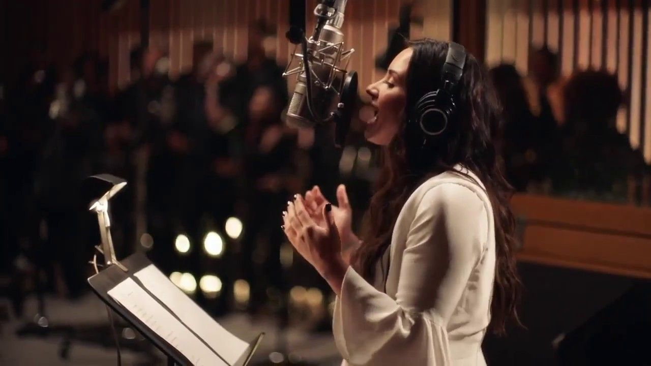 Demi Lovato Tell Me You Love Me Simply Complicated Official Docu
