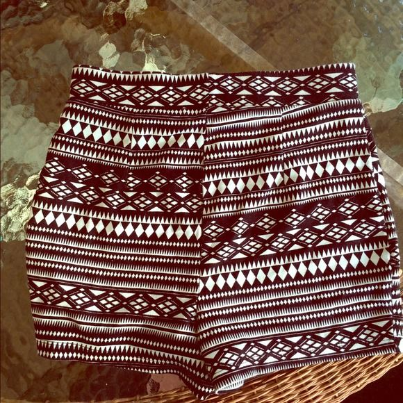 High waisted tribal soft shorts Comfy. Can't see In the first ...