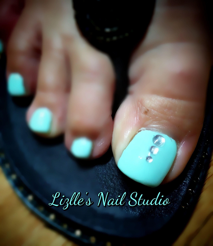 green toe nails ideas