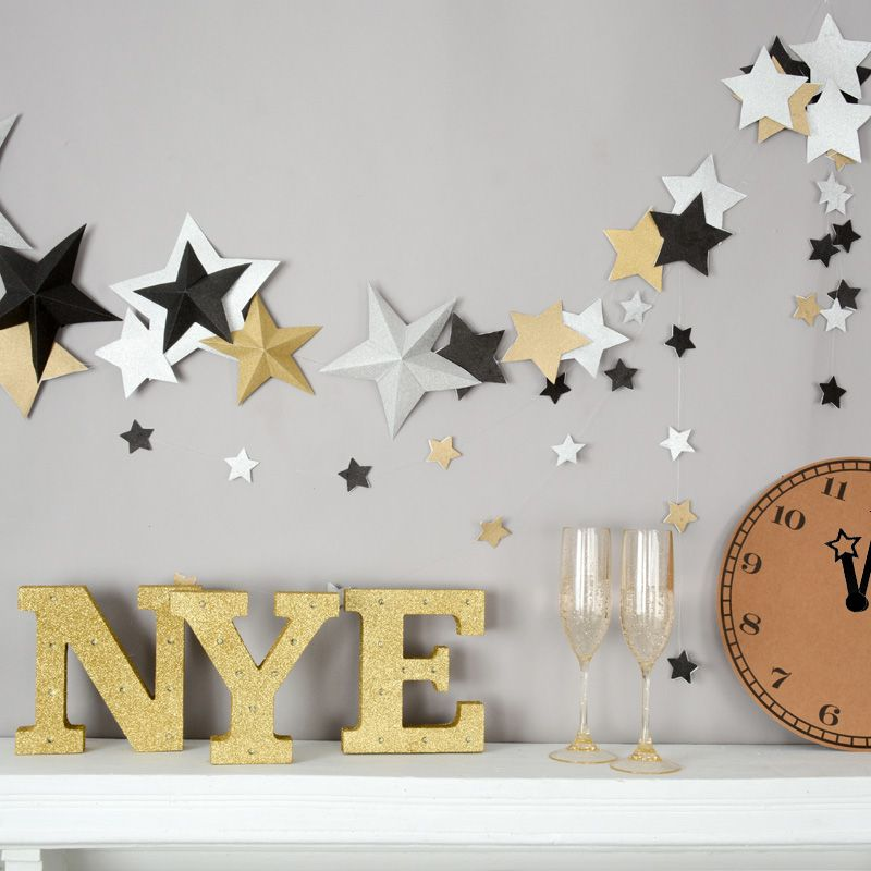 Cute new year\'s eve decoration ideas - NYE party ideas - how to make ...