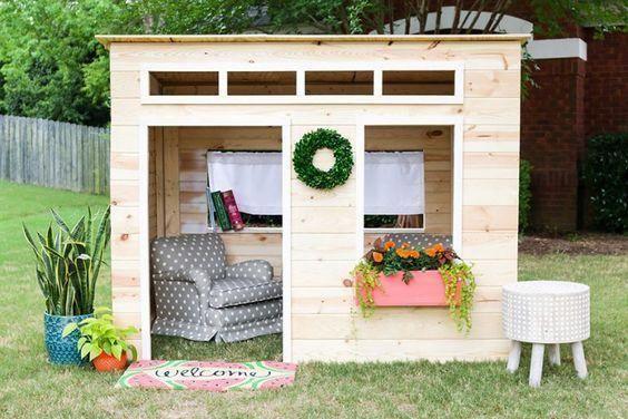 How to build a kids indoor playhouse #buildplayhouse DIY Playhouse