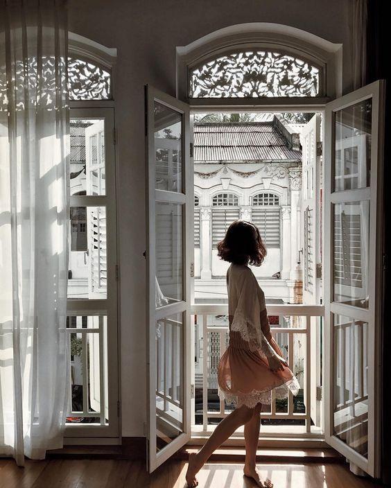 #PrêtàLiker : Sézane présente son Village Noël - Elle #parisianstyle