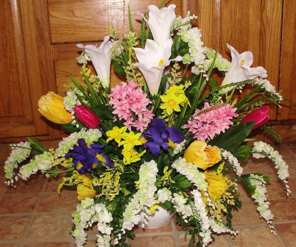 Pulpit Flowers Altar