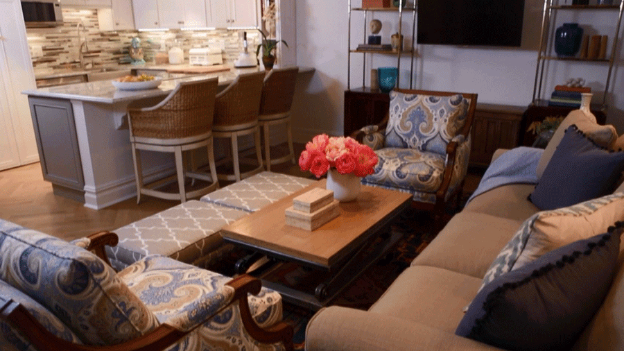 Make Your Small Living Room Better With These Furniture Tips. Weu0026 Show You  How To Arrange The Space Right, Plus What Furniture Pieces To Use And What  To ... Awesome Ideas