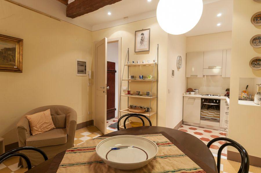 Gli appartamenti di Palazzo Busdraghi:  Appartamento via Buia