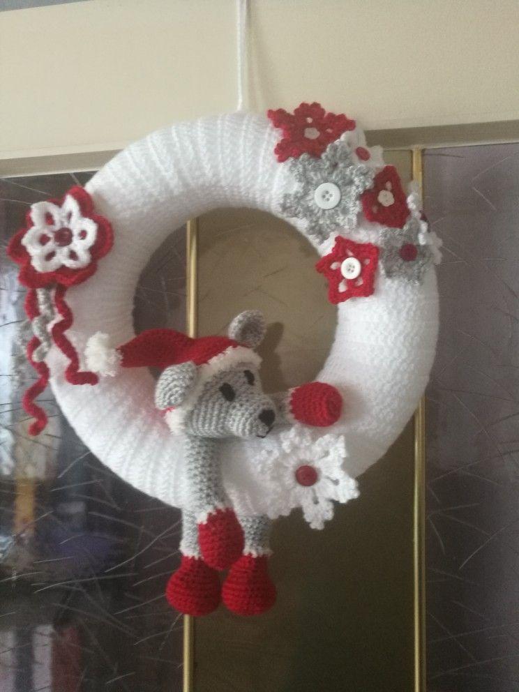 Photo of Christmas door wreath