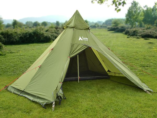 Mega Horn II teepee tent weighing only 4.5kg giving plenty of room for two & Mega Horn II teepee tent weighing only 4.5kg giving plenty of ...