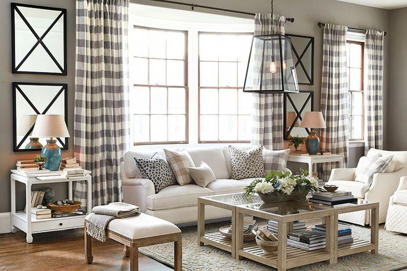 How to lay-out living rooms. Lots of ideas. This one is a ...