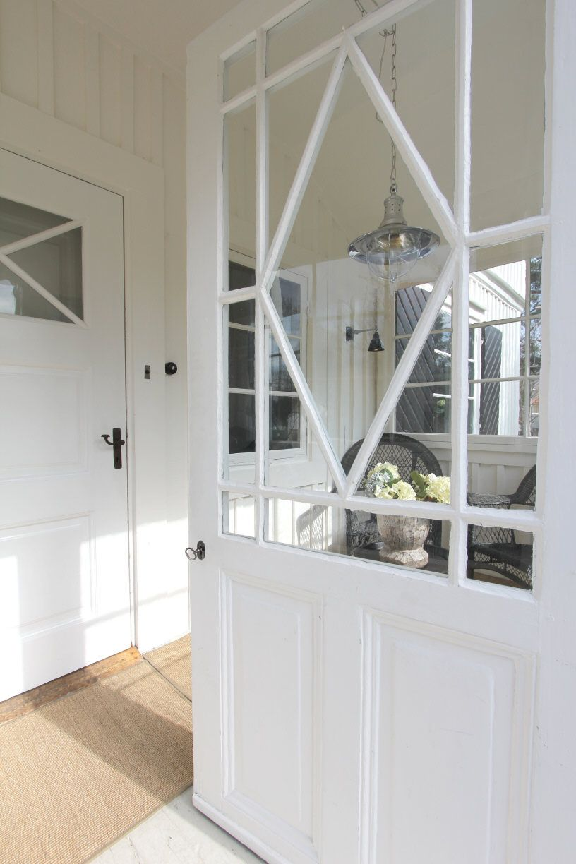 Stockholm Vitt - Interior Design: White New England Charm II | New ...