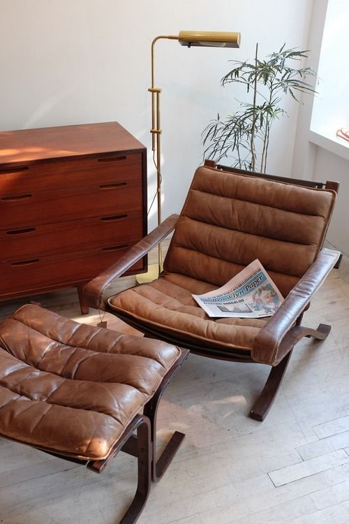 Westnofa leather chair and ottoman as designed by Ingmar Relling.