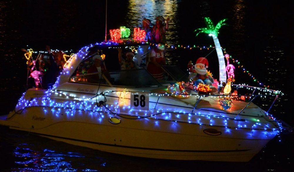 Christmas Boat Parade.Take In A Valentine Christmas Mash Up At Cupid S Christmas