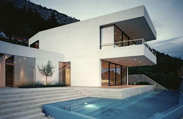 Elegantes Haus in Kroatien - eine reizvolle Residenz mit herrlichem Blick auf die Adriaküste - #Architektur
