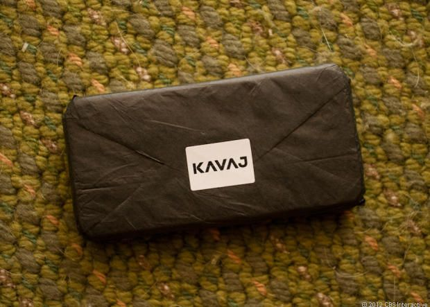 The classic-looking Kavaj iPhone 5 case Dallas (pictures) - CNET Reviews