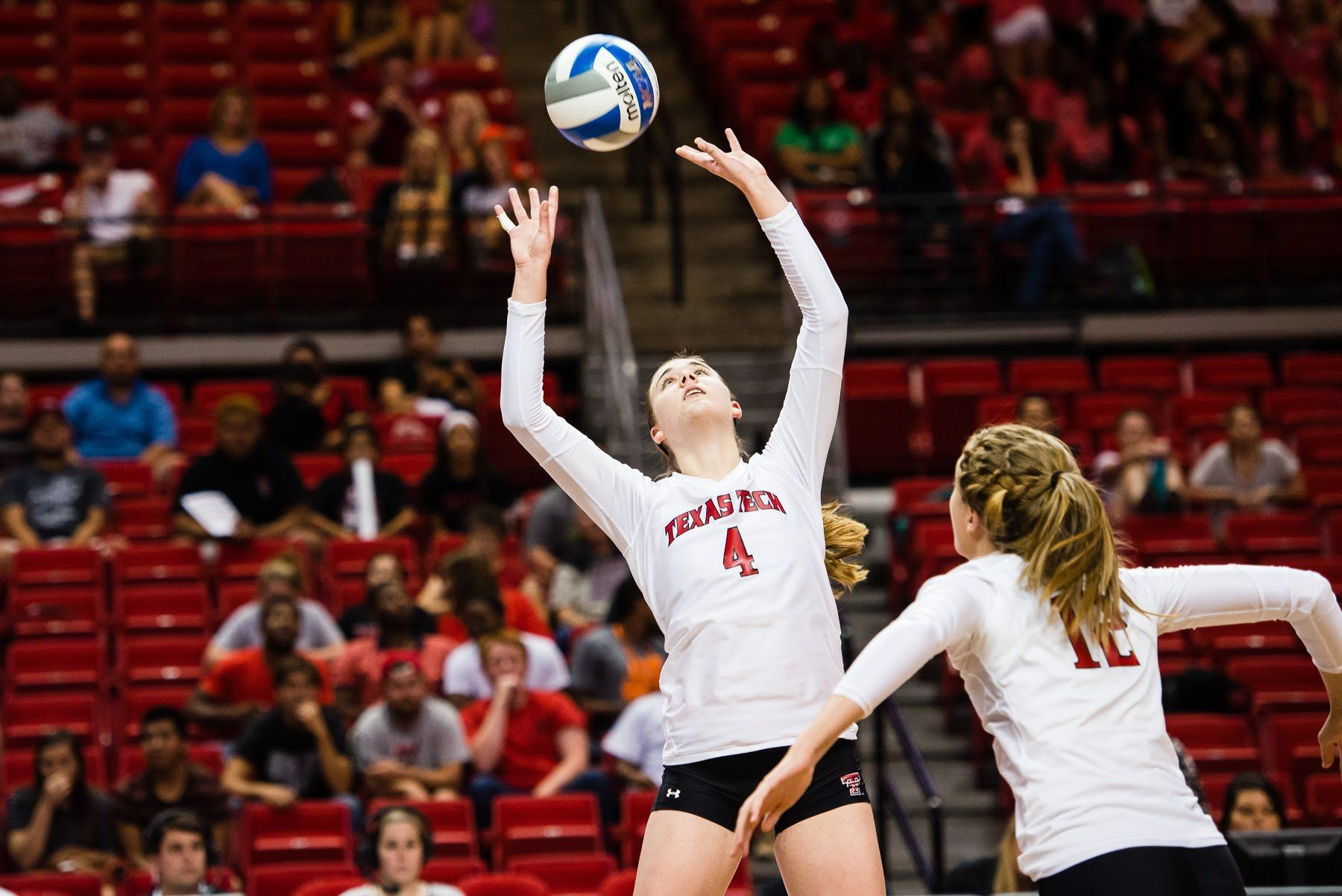 Volleyball Prepares For Showdown With No 2 Texas Texas Tech Volleyball Volleyball Volleyball News