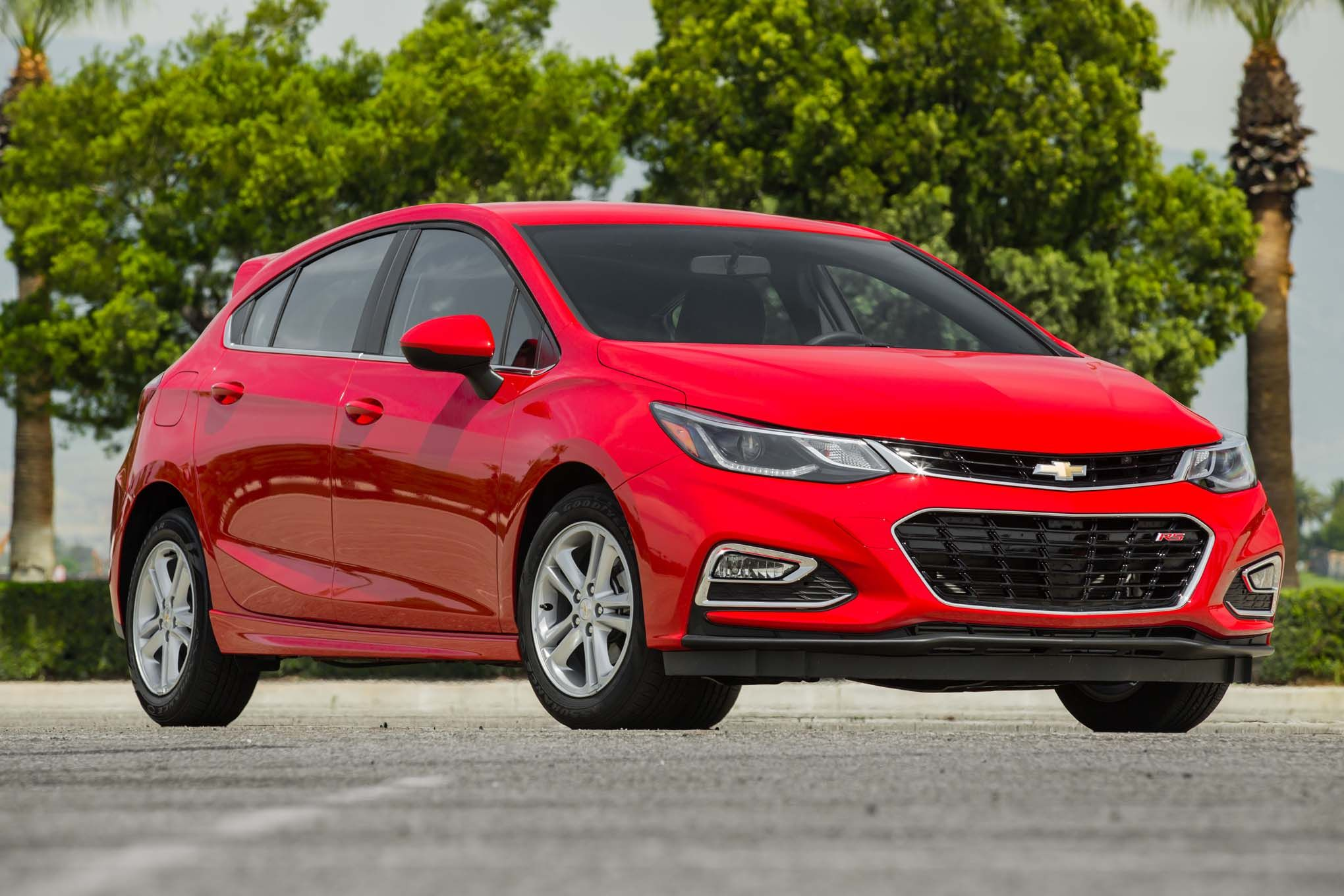 Grab Our New Chevrolet Cruze The Chevrolet Cruze Offers A Lot Of