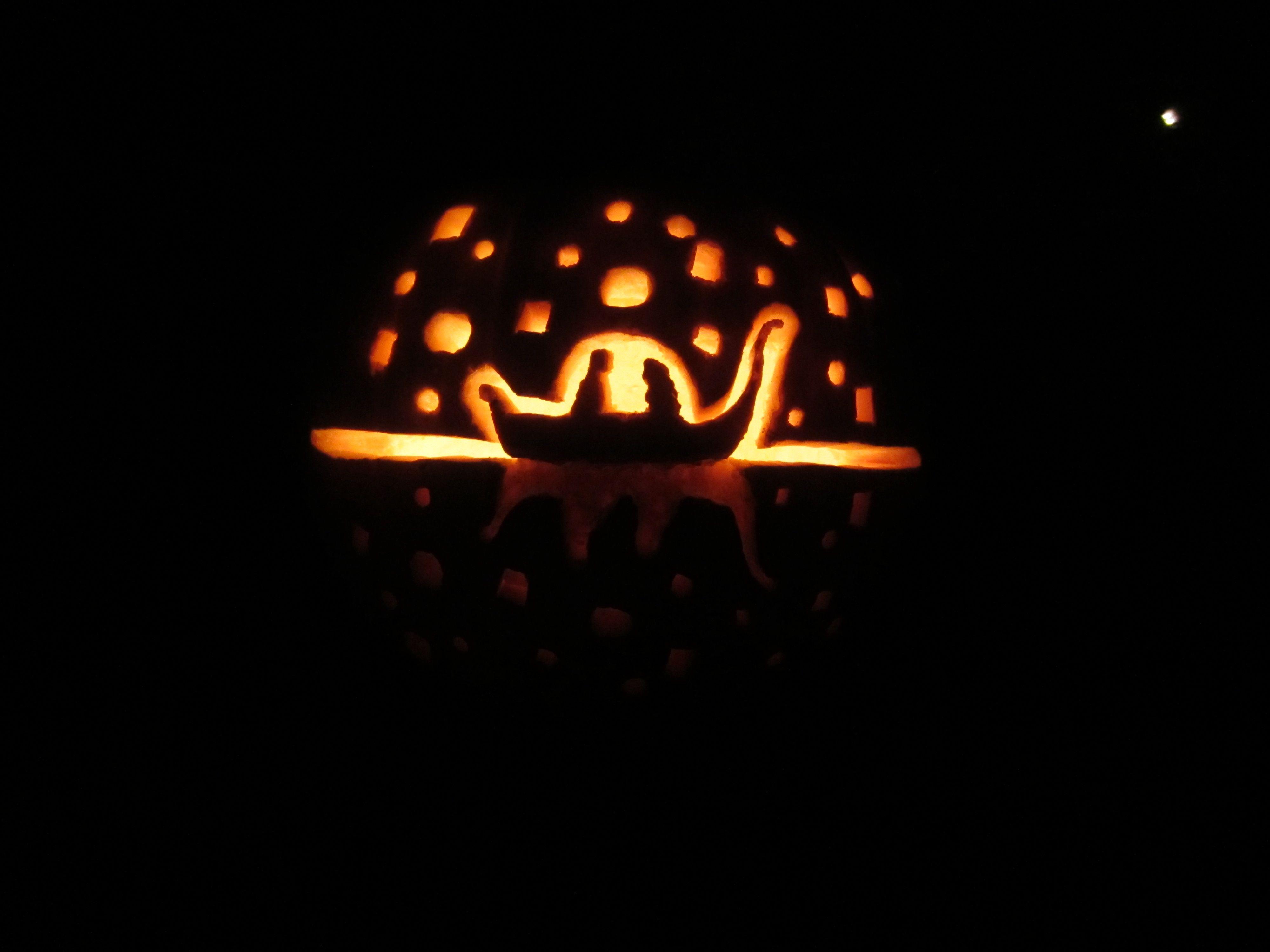 Tangled Pumpkin I See The Light I Want To Go Carve A Pumpkin Now