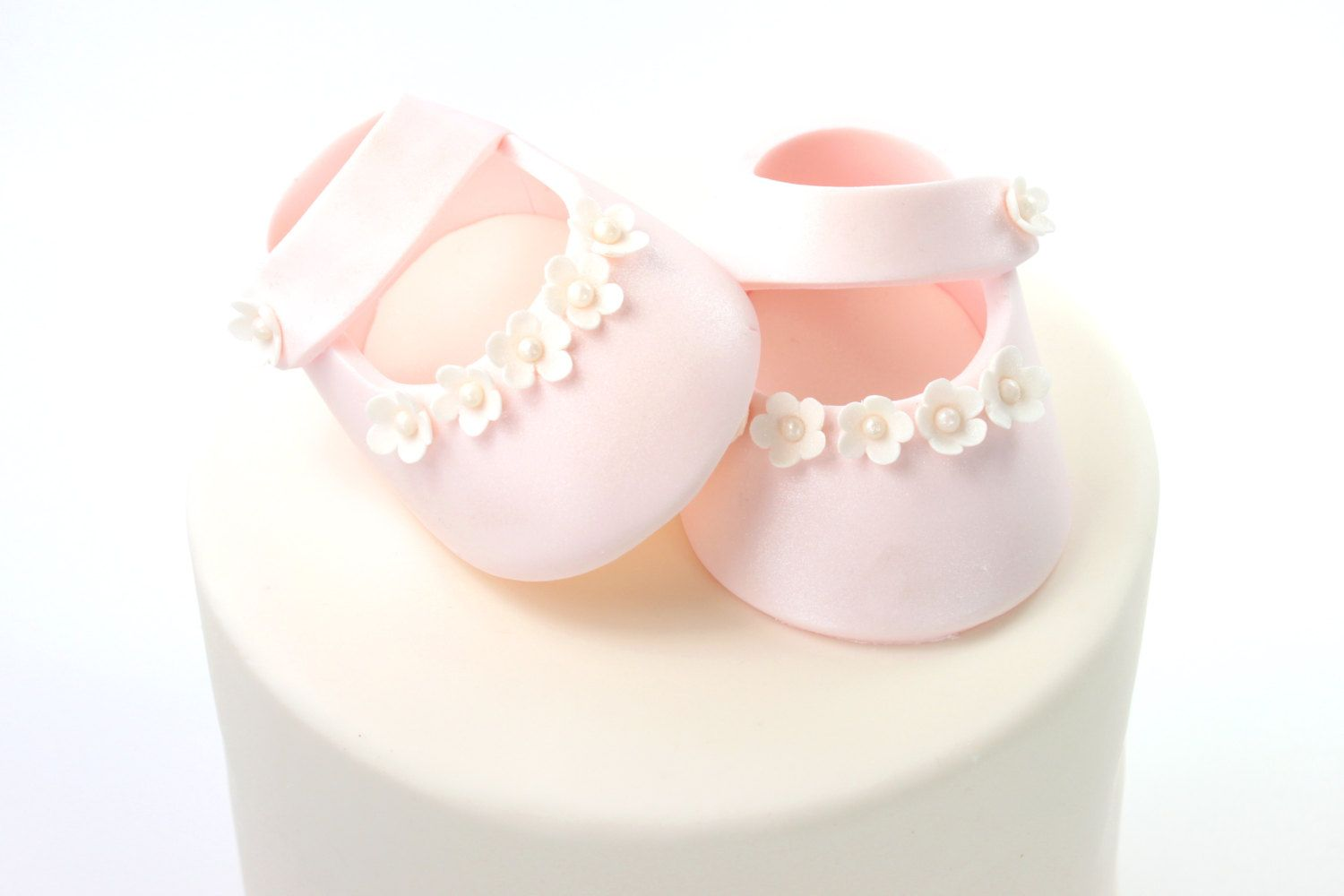 Pretty Baby Shower Booties Template Ideas - Example Resume and ...