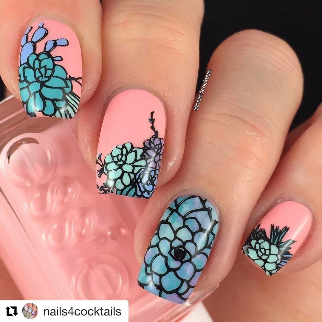 perfect color combo! Love this beautiful mani using our Succulents mini plate - by the amazing @nails4cocktails