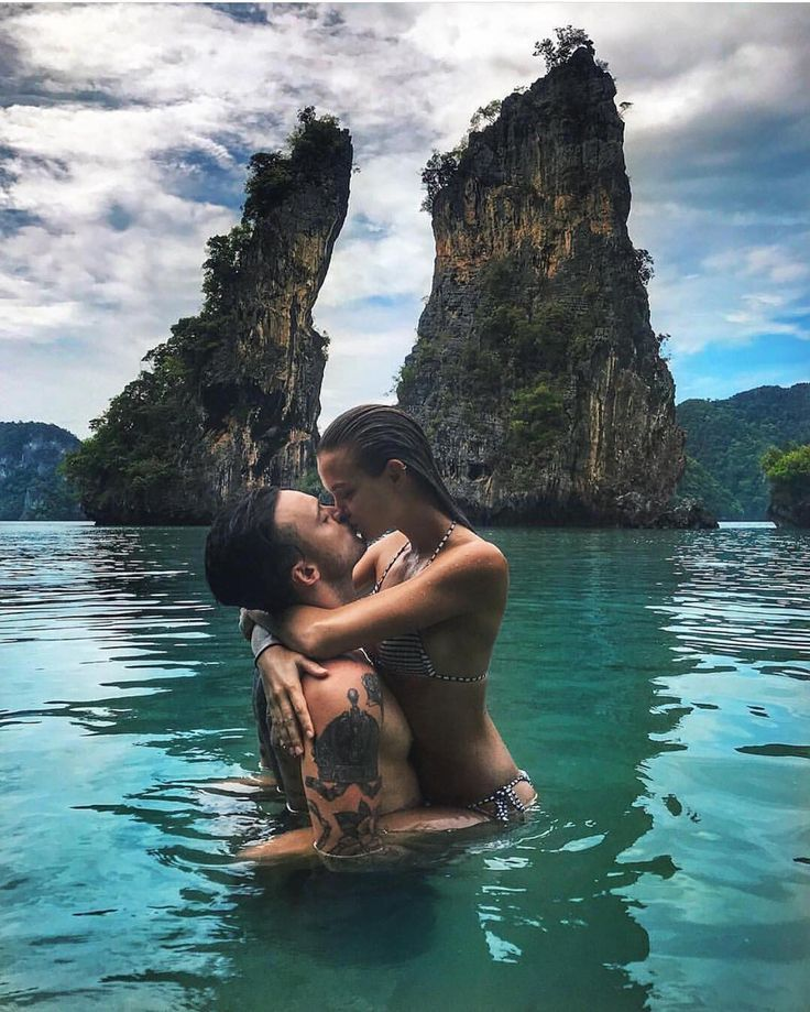 Couple Goals! Tag someone you would do this with . Follow @dopeluxurytravels Follow @dopeluxurytravels Follow @dopeluxurytravels for the dopest places around the world. - #couplegoals #couplesgoals #couples #lover #love #bae #baecation #vacation #beachlife #beach #tide #water #oceanview #bali #baliindonesia #california #cali #travel #travelling #romantic #romance #kiss #waves #waves #ocean