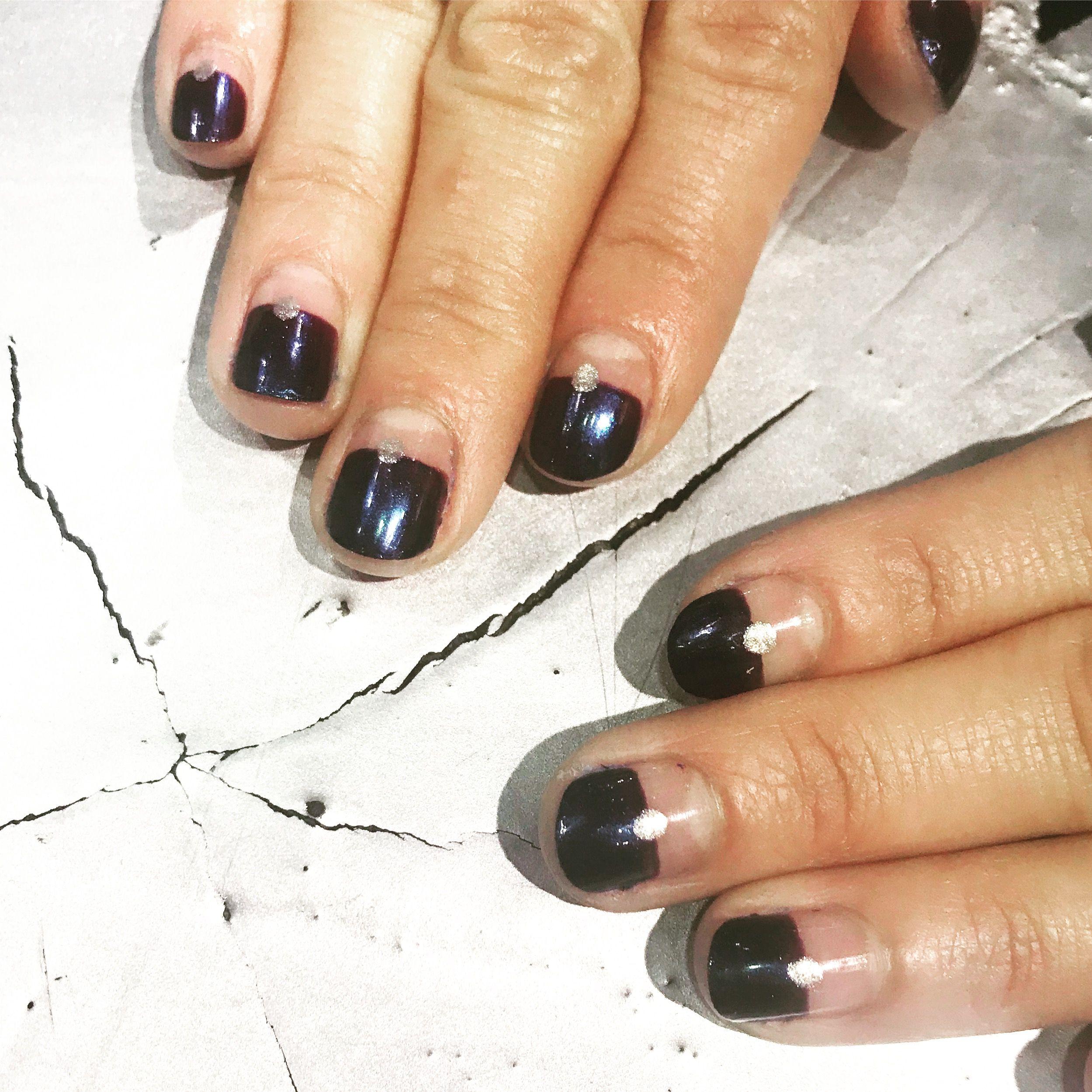 Negative Space Manicure By Diane Diaz Cnd Shellac Manicure Nail
