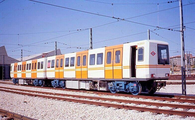 Coche 2000 En Canillejas 1984 Madrid Ciudad Fotos Antiguas Fotos