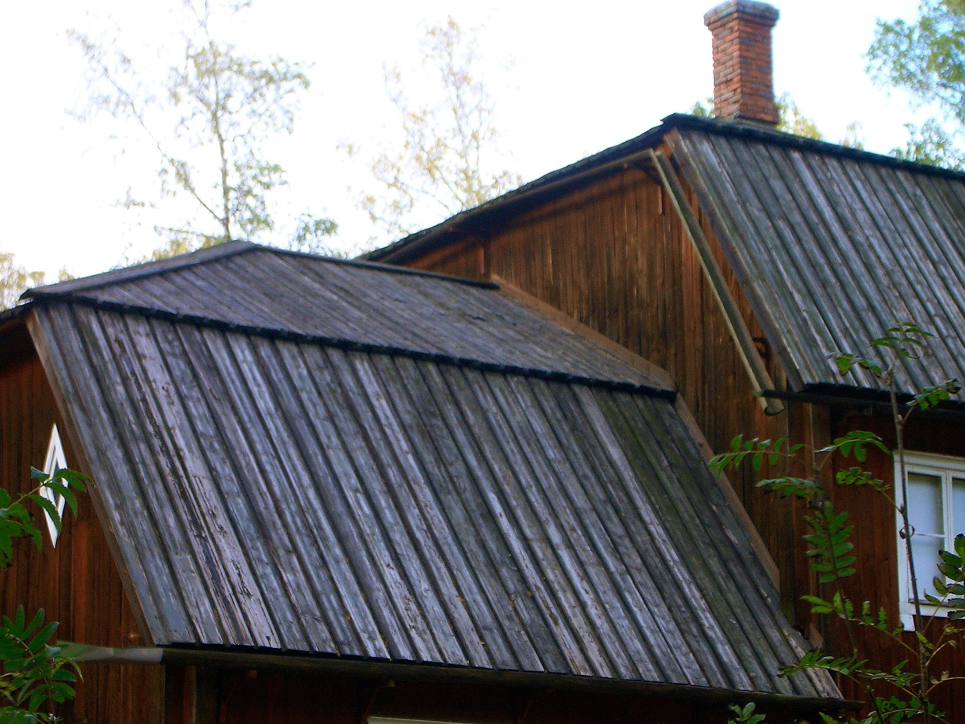 Best Roofing Of Tarred Planks Seurasaari Open Air Museum 400 x 300