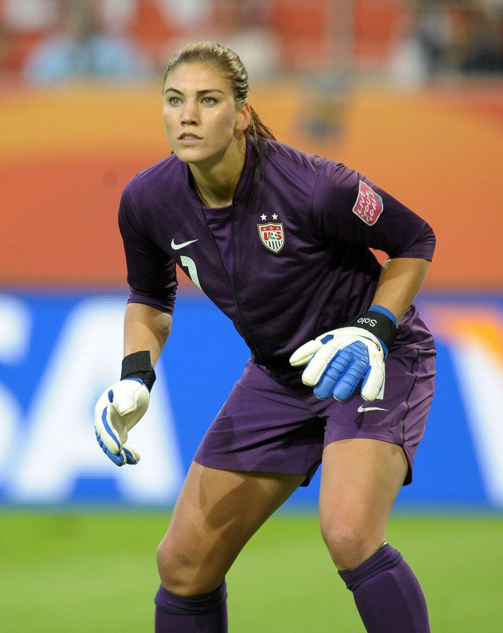 Meet the Women of Team USA   Hope solo, Athletic women, Soccer