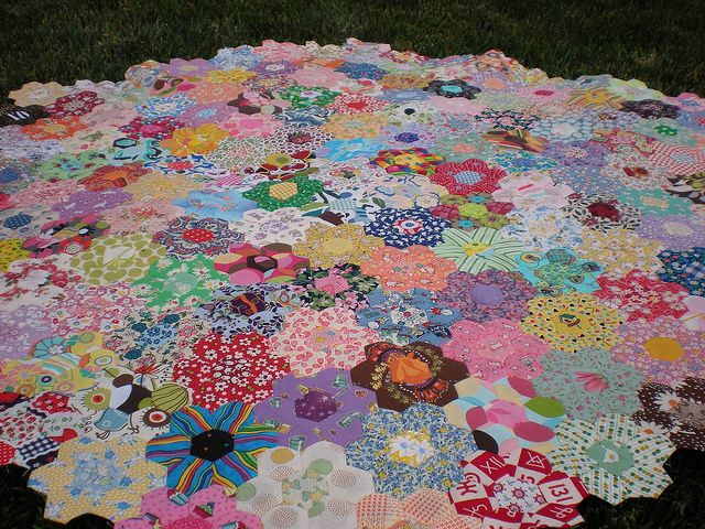 hexagon flower quilt