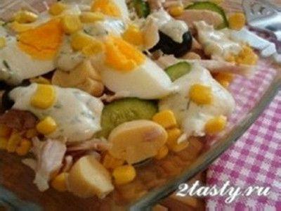Салат с курицей грибами и кукурузой рецепт с фото   Еда и ...