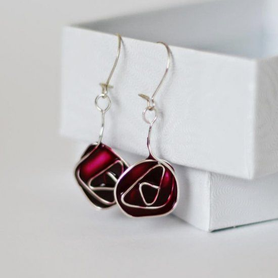 Make these Charles Rennie Mackintosh inspired Glasgow rose earrings using something you probably have at home!
