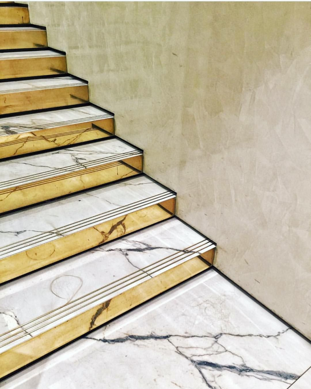 Pin by Jack (Thailand) on Stair | Pinterest | Stairs ...