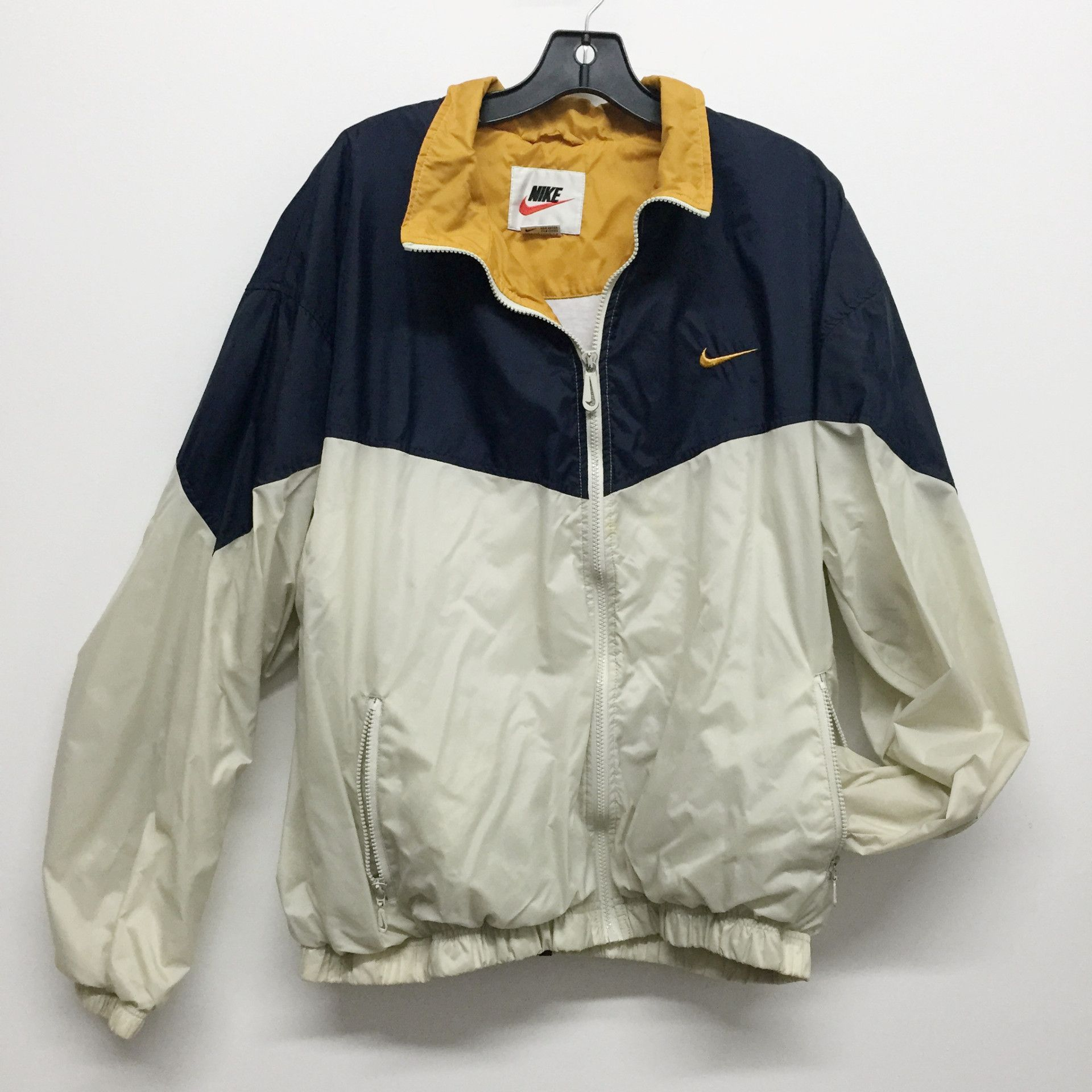 retro nike windbreaker - built in hood - two pockets - colors   white 2353c1f5b