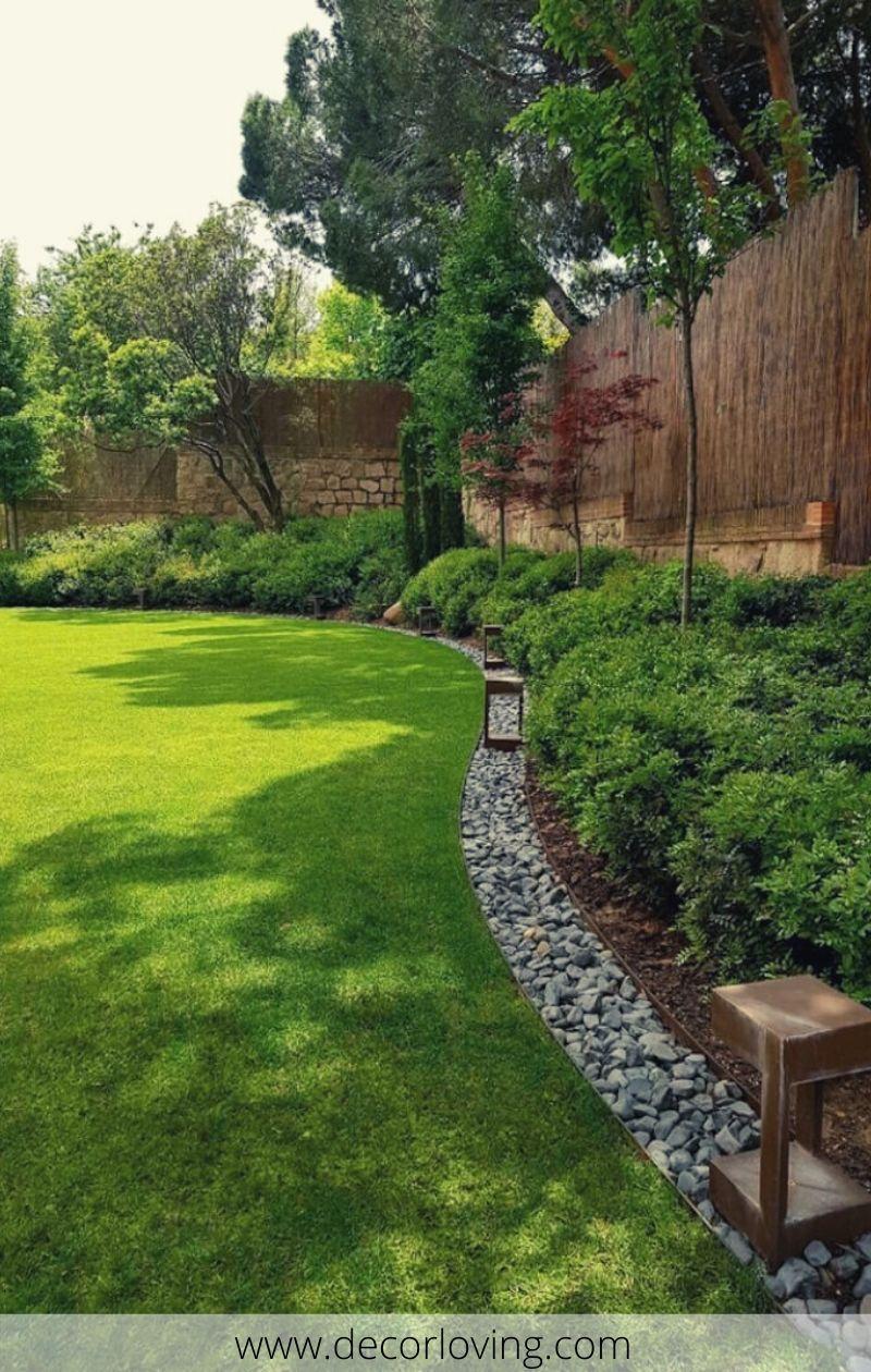49 Stylish Garden Edging Ideas For A Small Garden Small Backyard Landscaping Backyard Landscaping Designs Backyard Design
