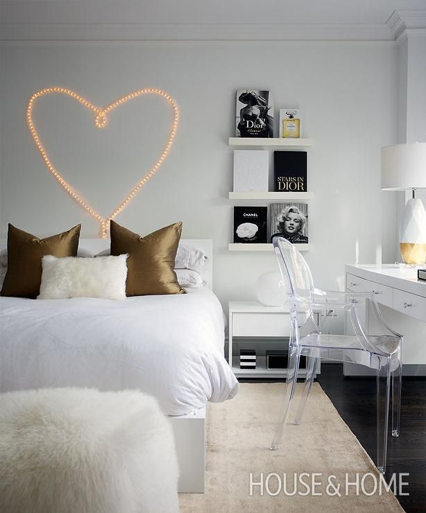 Contemporary Bedroom Features A Heart Shaped Lights Of A