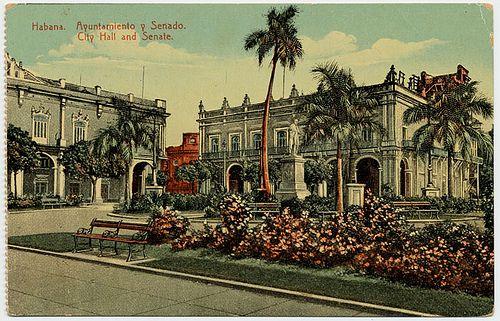 Havana  antigua. Cuba. Ayuntamiento y Senado.