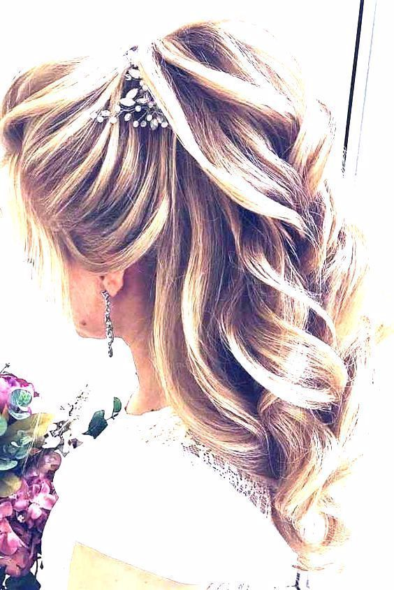 If you are looking for gorgeous hairstyles for graduation, here are few ideas of…