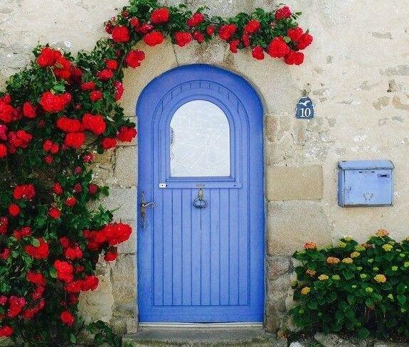 リノベーションの参考になる 海外中のおしゃれな玄関ドア 玄関ドア